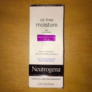 New Neutrogena Oil Free Moisturizer With Sunscreen